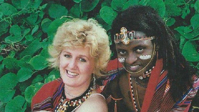 Cheryl Mason menikahi pria suku pedalaman