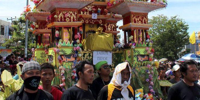 Tradisi 1 muharram, Festival Tabot