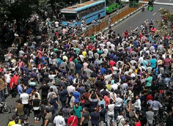 Protes Iran