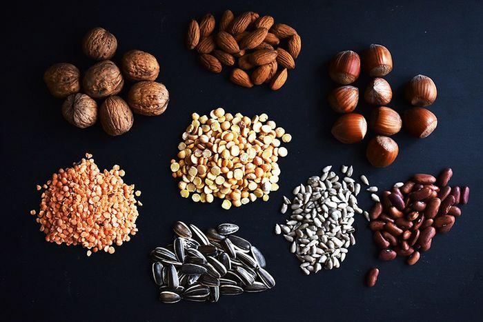 Kacang-kacangan dan Biji-bijian