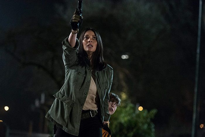 Olivia Munn di The Predator