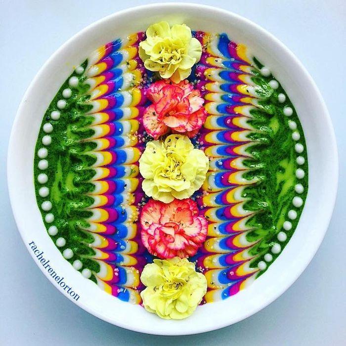 Kreasi semangkuk smoothies