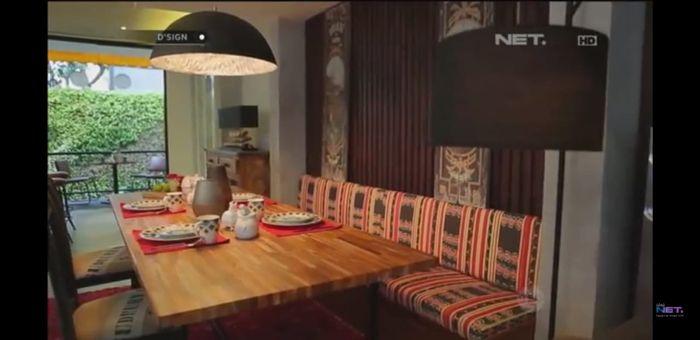 Ruang makan Daniel Mananta