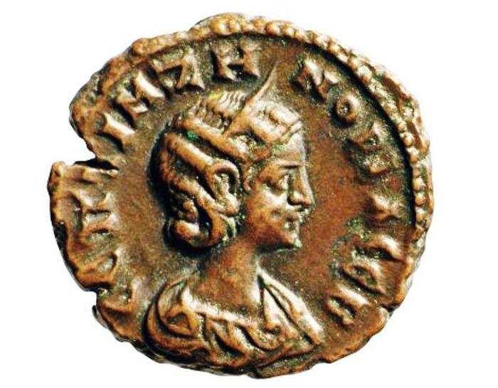 Koin kuno dengan gambar Zenobia.