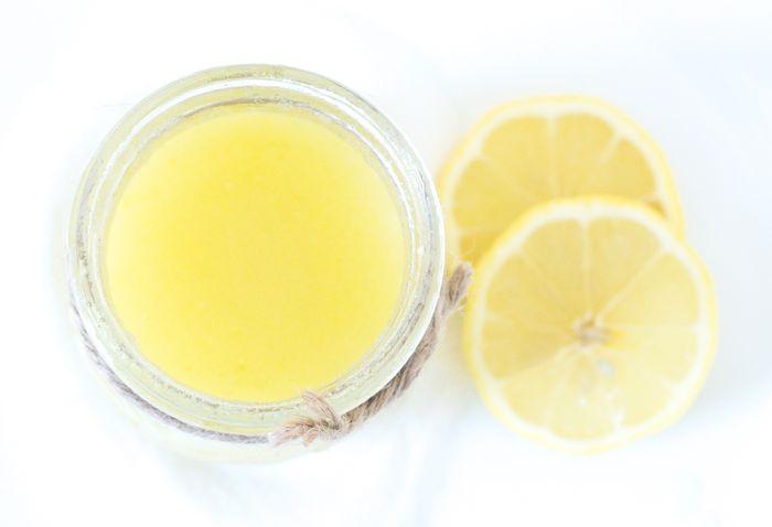 scrub lemon