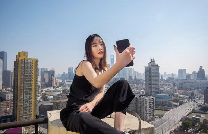 Ilustrasi <a href='https://manado.tribunnews.com/tag/selfie' title='selfie'>selfie</a> di ketinggian.