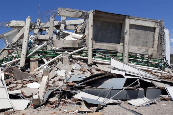 5 Fakta dibalik reruntuhan Hotel Roa Roa.
