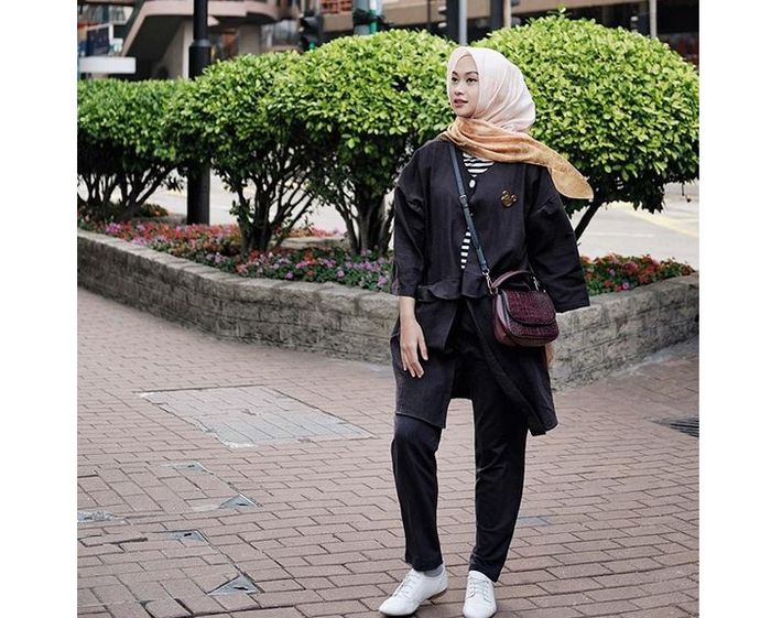 Fashion Hijab dengan Outer