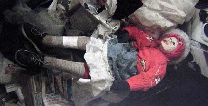 mayat Moskvin yang berbentuk boneka
