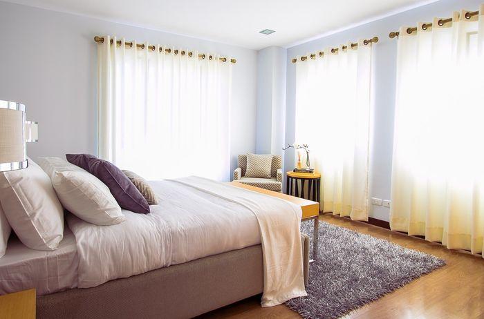 Pastikan kamar tidur punya sirkulasi udara yang baik