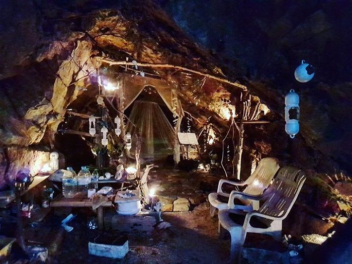 tempat tinggal manusia gua Thailand