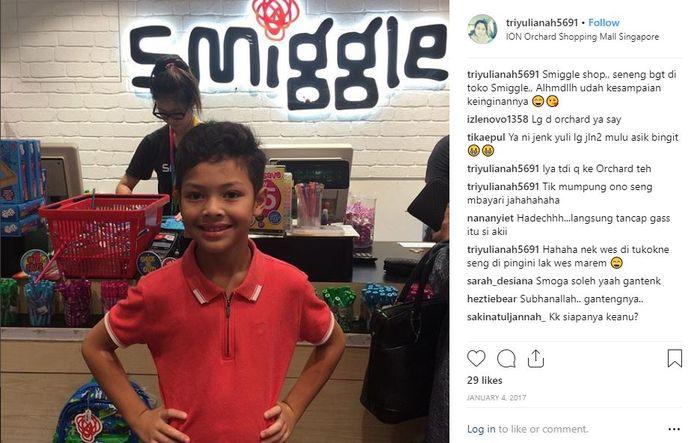 Keanu saat berlibur di Singapura