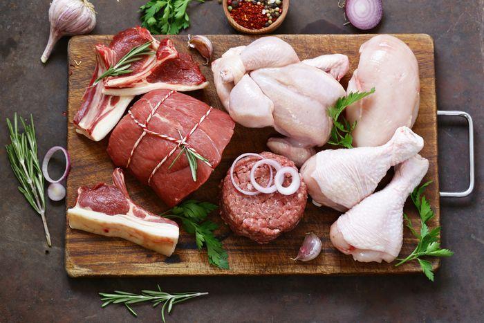 Daging sapi, kambing, dan daging ayam