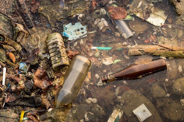 Ilustrasi pencemaran lingkungan.