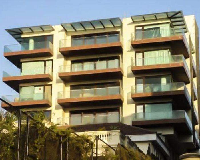 Rumah Shah Rukh Khan jika dilihat dari luar