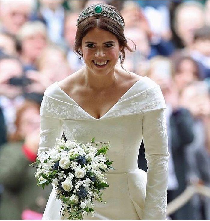 Motif pada gaun pernikahan Putri Eugenie