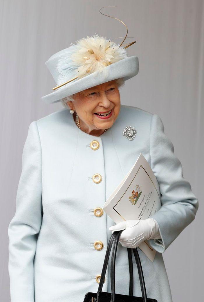 Ratu Elizabeth II