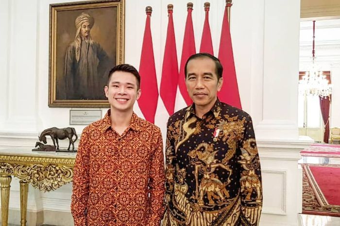 Jokowi saat bertemu dengan Jess No Limit, pemain Mobile Legends