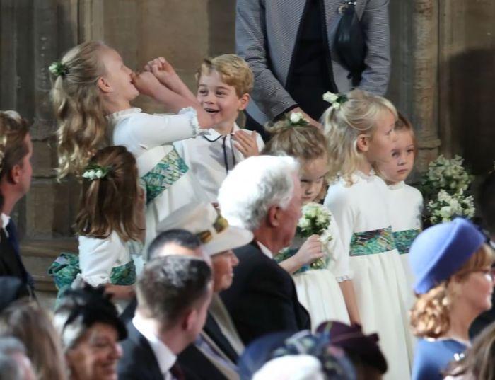 Savannah bercanda di pernikahan Putri Eugenie