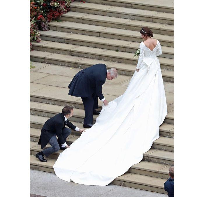 Gaun pengantin Princess Eugenie