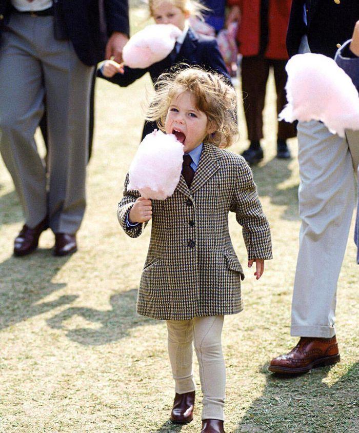 Foto masa kecil Princess Eugenie