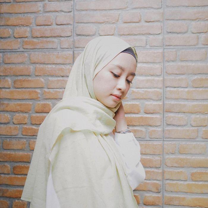 5 Tutorial Hijab Pashmina Super Simpel Andalan Gita Savitri Devi Semua Halaman Stylo