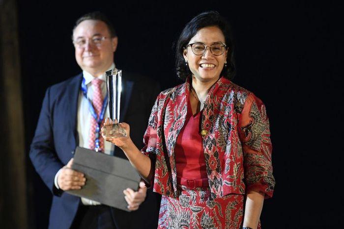 Sri Mulyani ketika menerima penghargaan Menteri Keuangan Terbaik 2018 se-Asia Pasifik Timur.