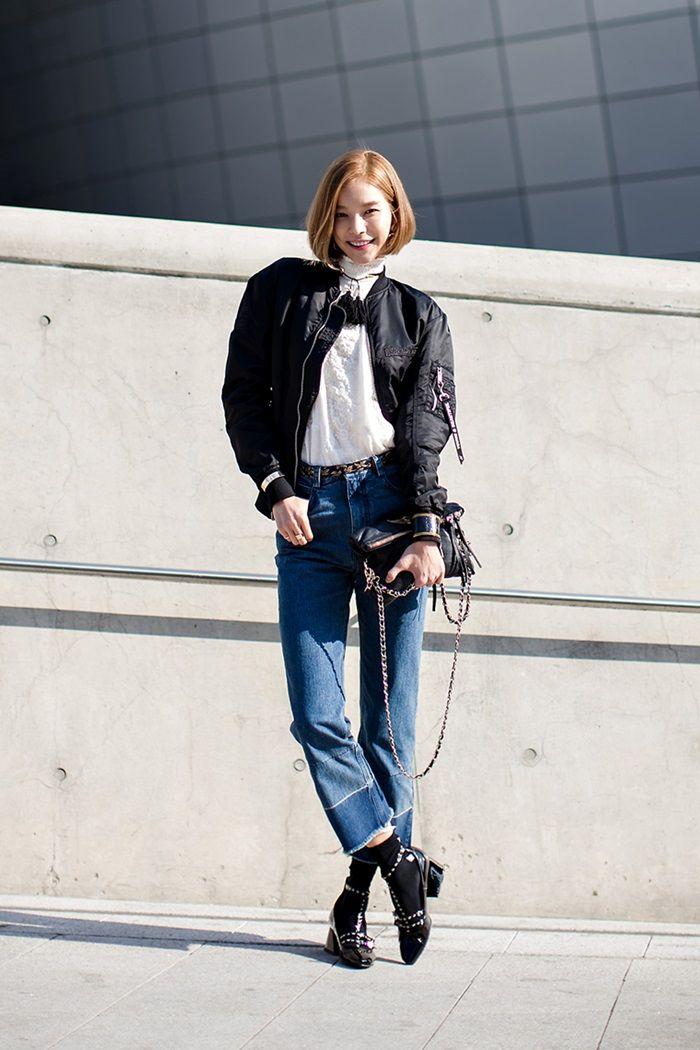 #Inspirasi Gaya Denim ala Street Style <a href='https://jakarta.tribunnews.com/tag/korea' title='Korea'>Korea</a> - Two Toned Denim Pants + Bomber Jacket