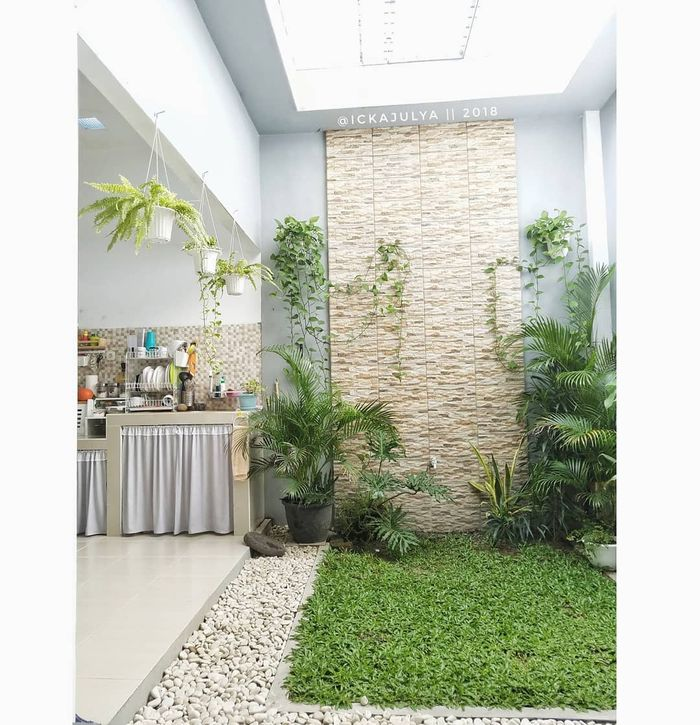 Intip Inspirasi Desain Taman Indoor Ukuran 2.8m×3.2m Milik @ickajulya -  Semua Halaman - IDEA