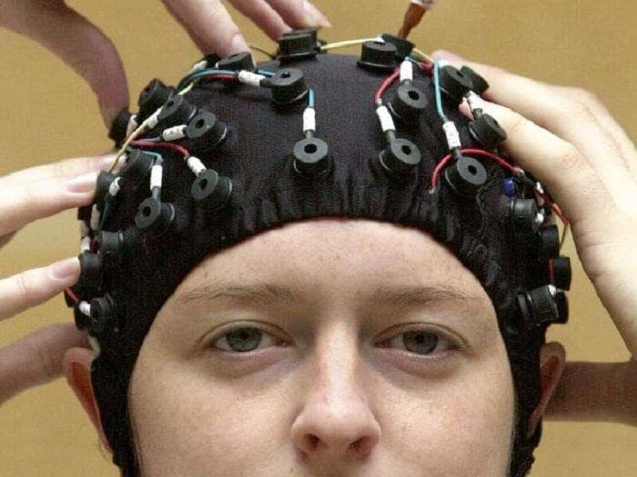 Ilustrasi penyalinan otak