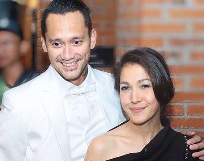 Diisukan Selingkuh Sebelum Menikah, Tora Sudiro Akui Cinta Mieke Amalia Karena Baunya Mirip Cap Cay