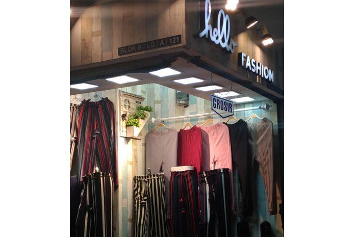 Toko Hello Fashion di Pusat Belanja Tanah Abang