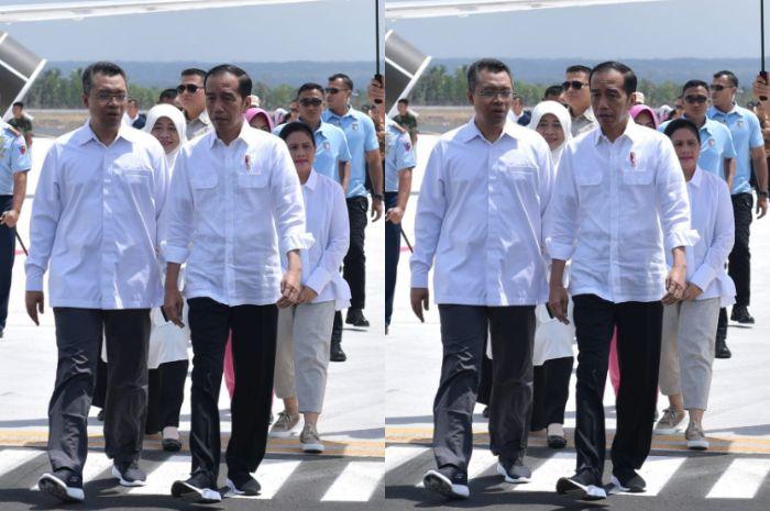 Iriana Jokowi nampak menggunakan cincin berwarna biru
