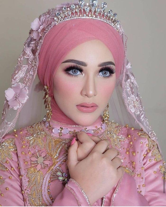 Tutorial Hijab Pesta Resepsi Pernikahan Buat Calon Pengantin Halaman All Tribun Jambi