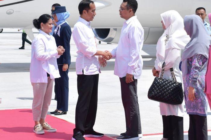 Penampilan Iriana Jokowi semakin fresh dengan lipstik pink