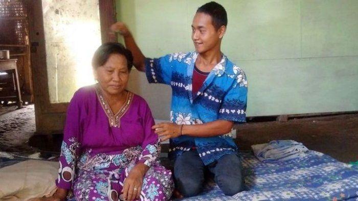 Rokim dan <a href='https://kupang.tribunnews.com/tag/nenek' title='Nenek'>Nenek</a> Tampi
