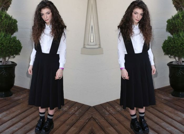 Preppy look ala penyanyi Lorde