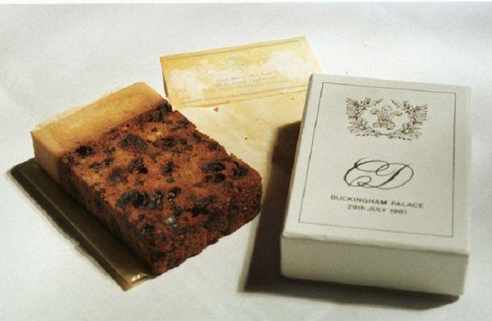 Potongan kue pernikahan Putri Diana berharga belasan juta