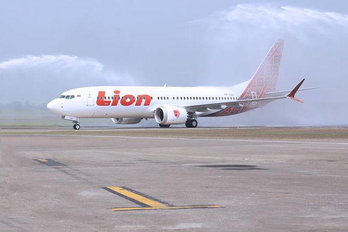 penampilan pesawat lion air max 8