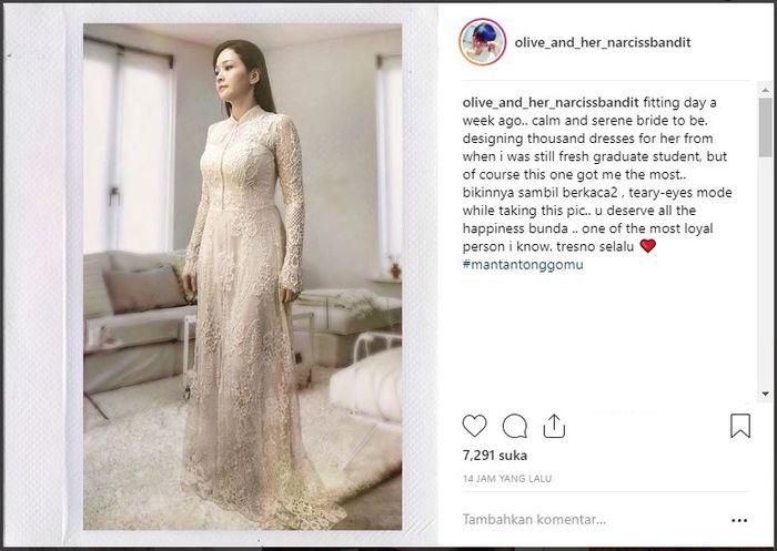 Maia Estianty melakukan fitting baju pernikahan