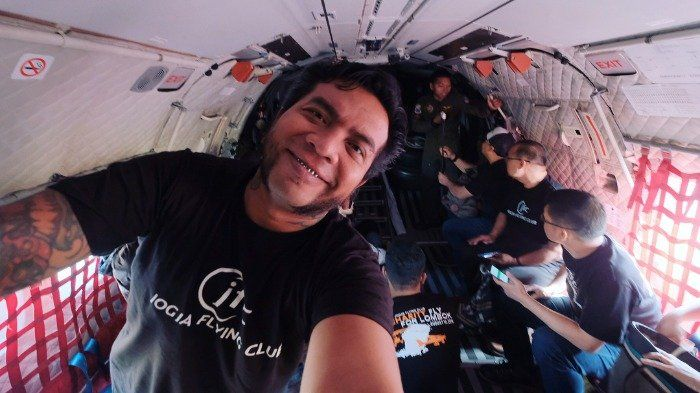 Dari Verrell Bramasta Sampai Ali syakieb, Inilah 4 Artis Indonesia yang Jago Terbangkan Pesawat