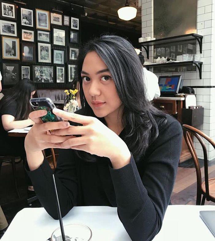 Putri Tanjung, Anak Chairul Tanjung
