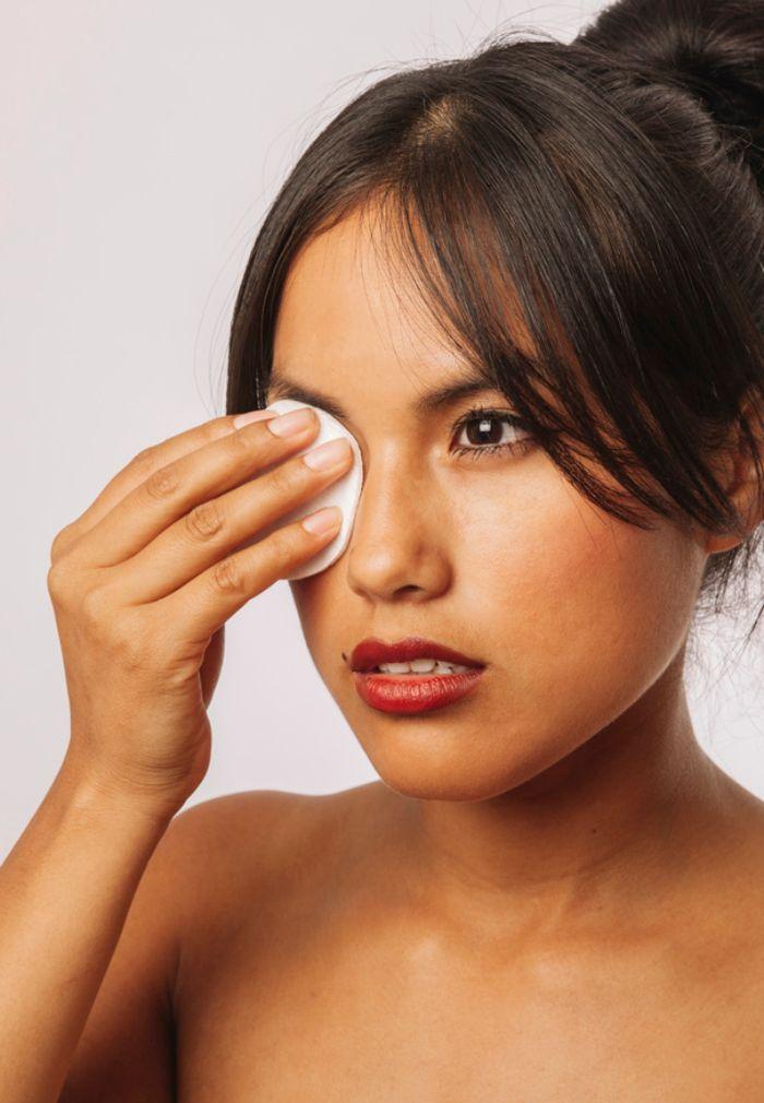 Manfaat lain kondisioner rambut: sebagai makeup remover