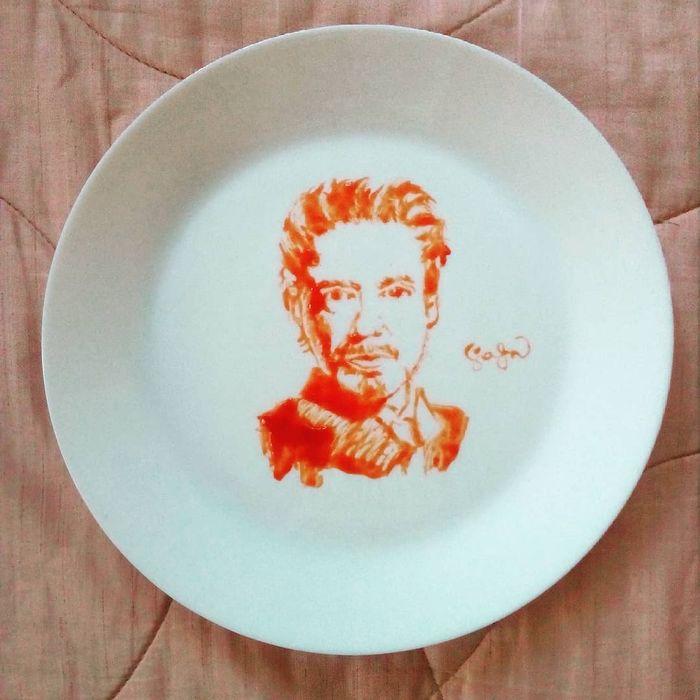 Kasya seni dari saus tomat