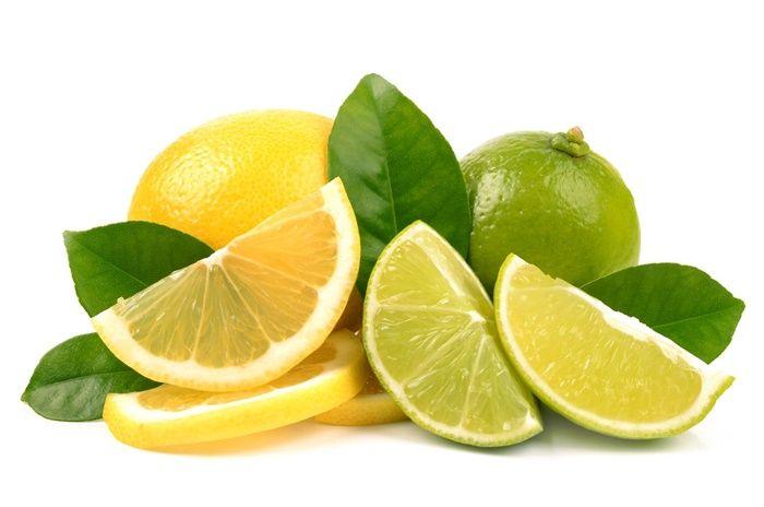 Lemon adalah salah satu bahan alami yang digunakan Titi Kamal untuk perawatan kecantikannya