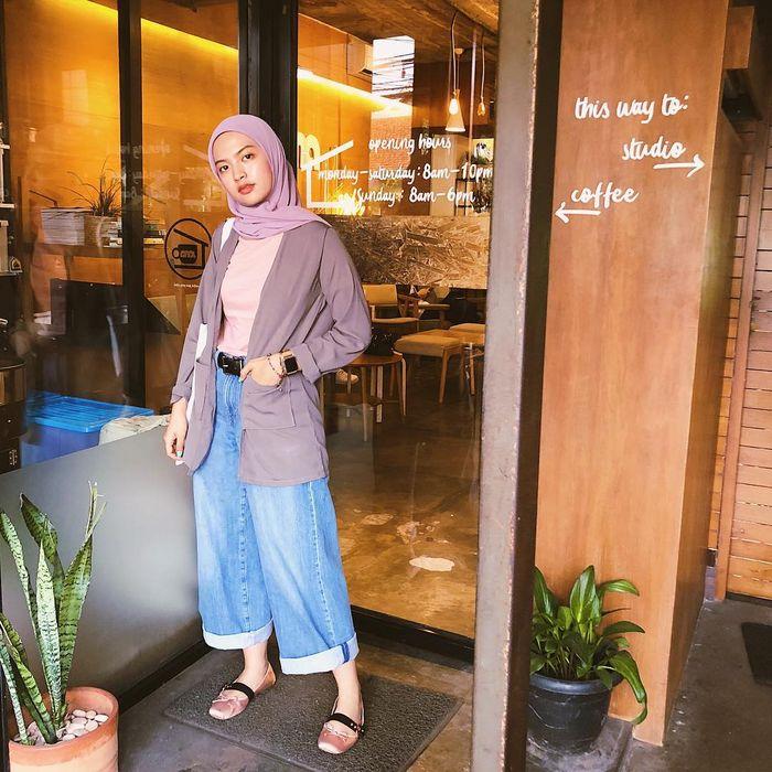 Mix and match celana wide leg jeans ala selebgram hijabers Tasya Kissty