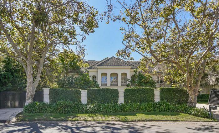 Rumah Avril Lavigne yang dijual dengan harga 117 milliar