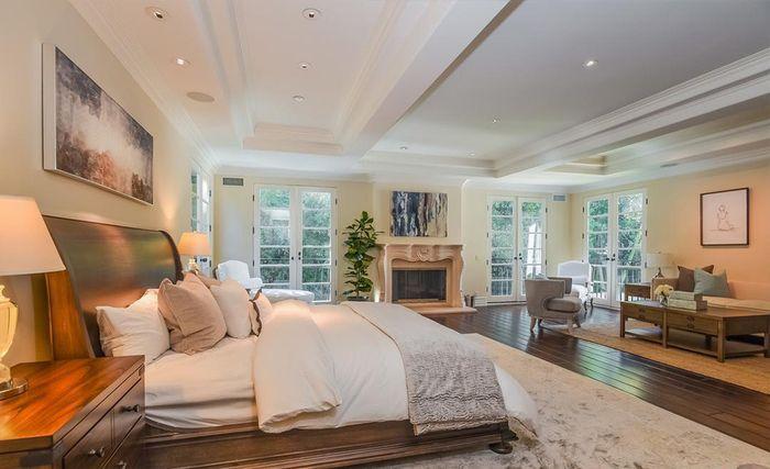 Kamar tidur di rumah Avril Lavigne