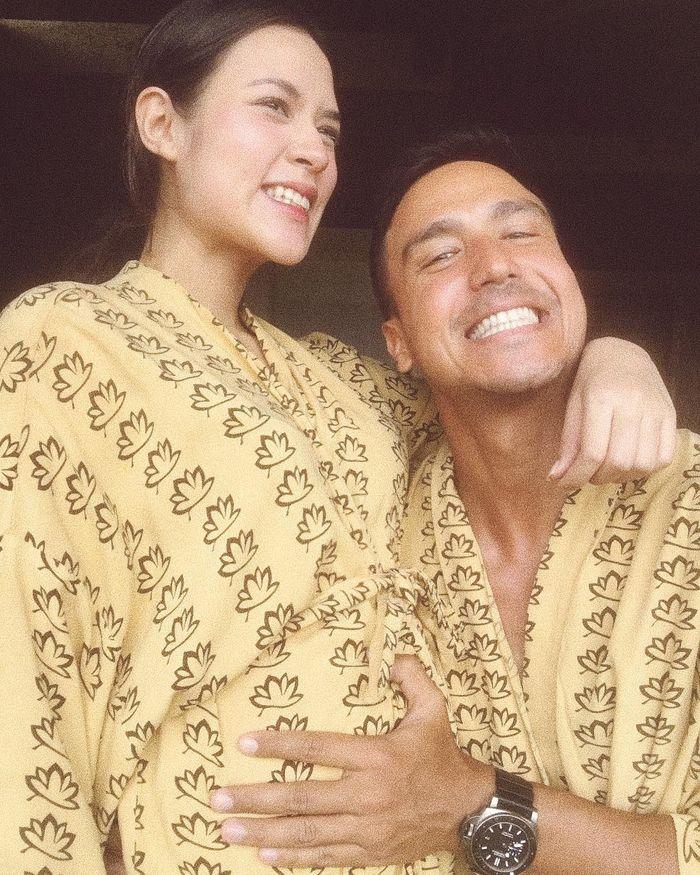Raisa dan suami