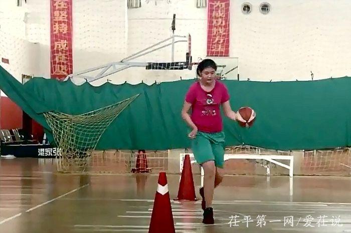 Pemain NBA pun rata-rata tingginya terlewati oleh Ziyu.
